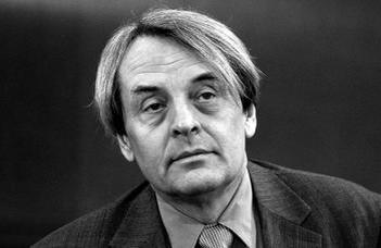 Tudományos taácskozás Szegedy-Maszák Mihály emlékére.