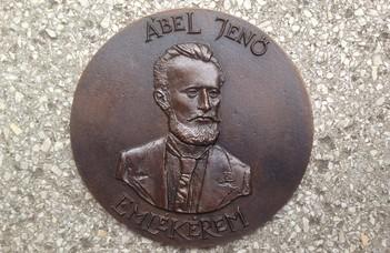Ábel Jenő-emlékérmet kapott Németh György