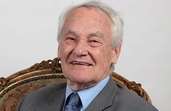 In memoriam Ferenc Kiefer