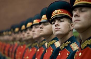 Az 1917-es oroszországi forradalmak történeti panorámája