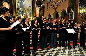 Az ELTE olasz tanszéki kórusafennállásának 15. évfordulóját ünnepli.