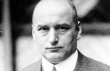Dr. Hermann-Josef Scheidgen (Bonni Egyetemi) előadása Erich Klausenerről.