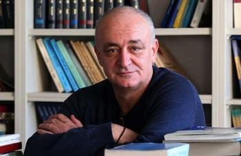 A Szláv és Balti Filológiai Intézet vendége a szkopjei Blazse Koneszki Filológiai Kar professzora.